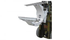 Carrello elevatore diesel da 3 tonnellate con attacco per pinze per rotolo di carta